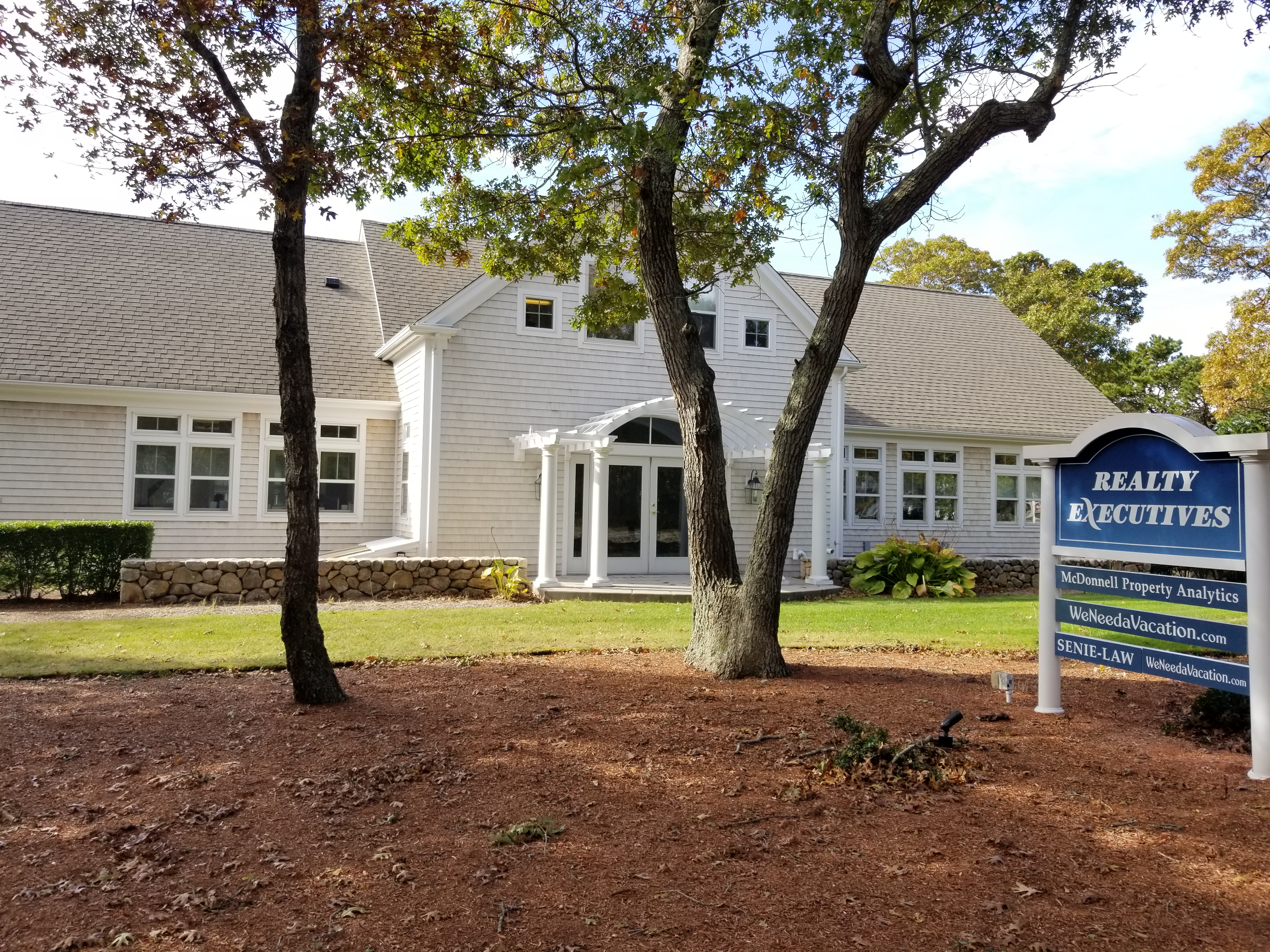 Realty Executives Lower Cape