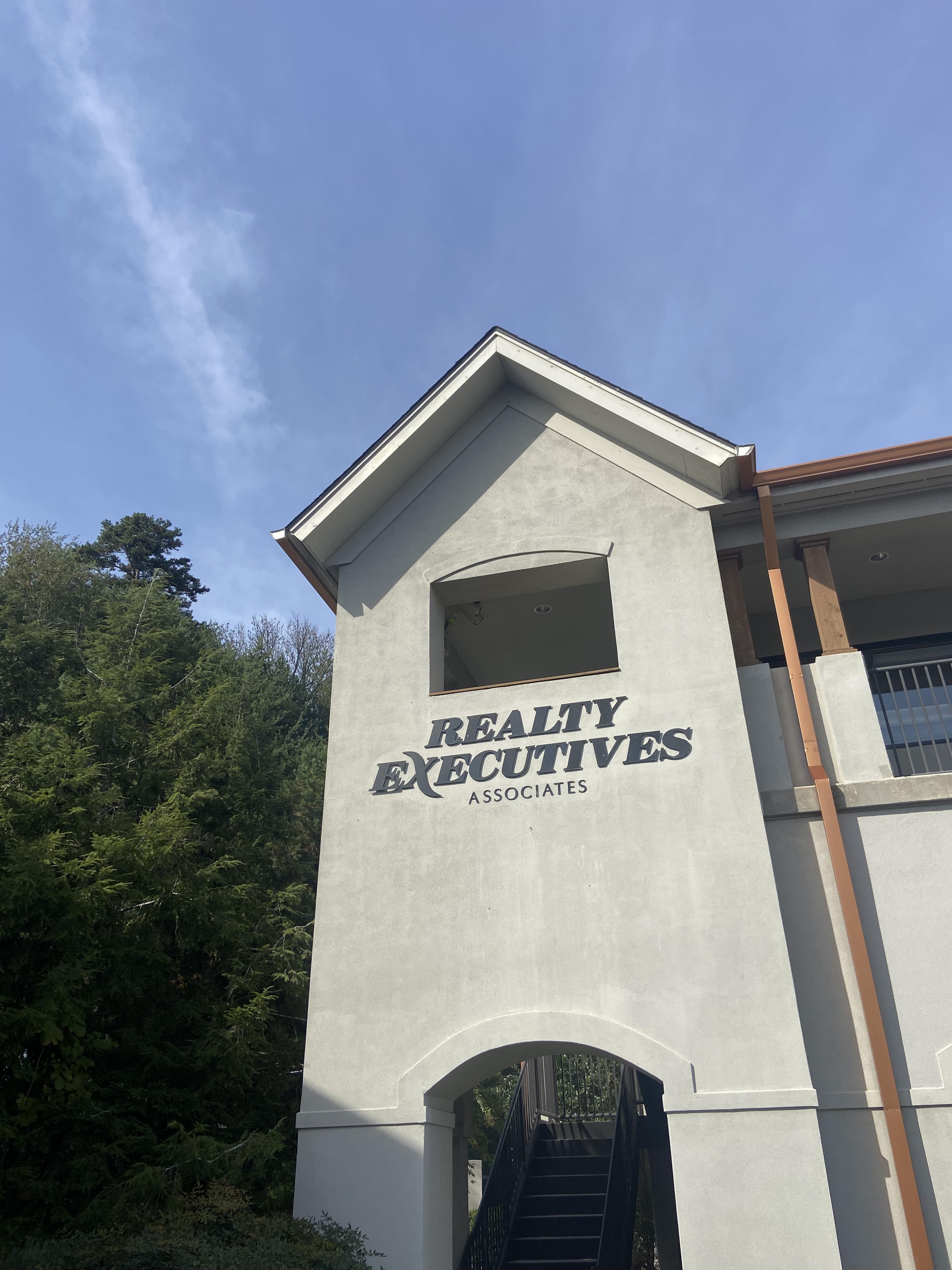Realty Executives Associates - Ebenezer