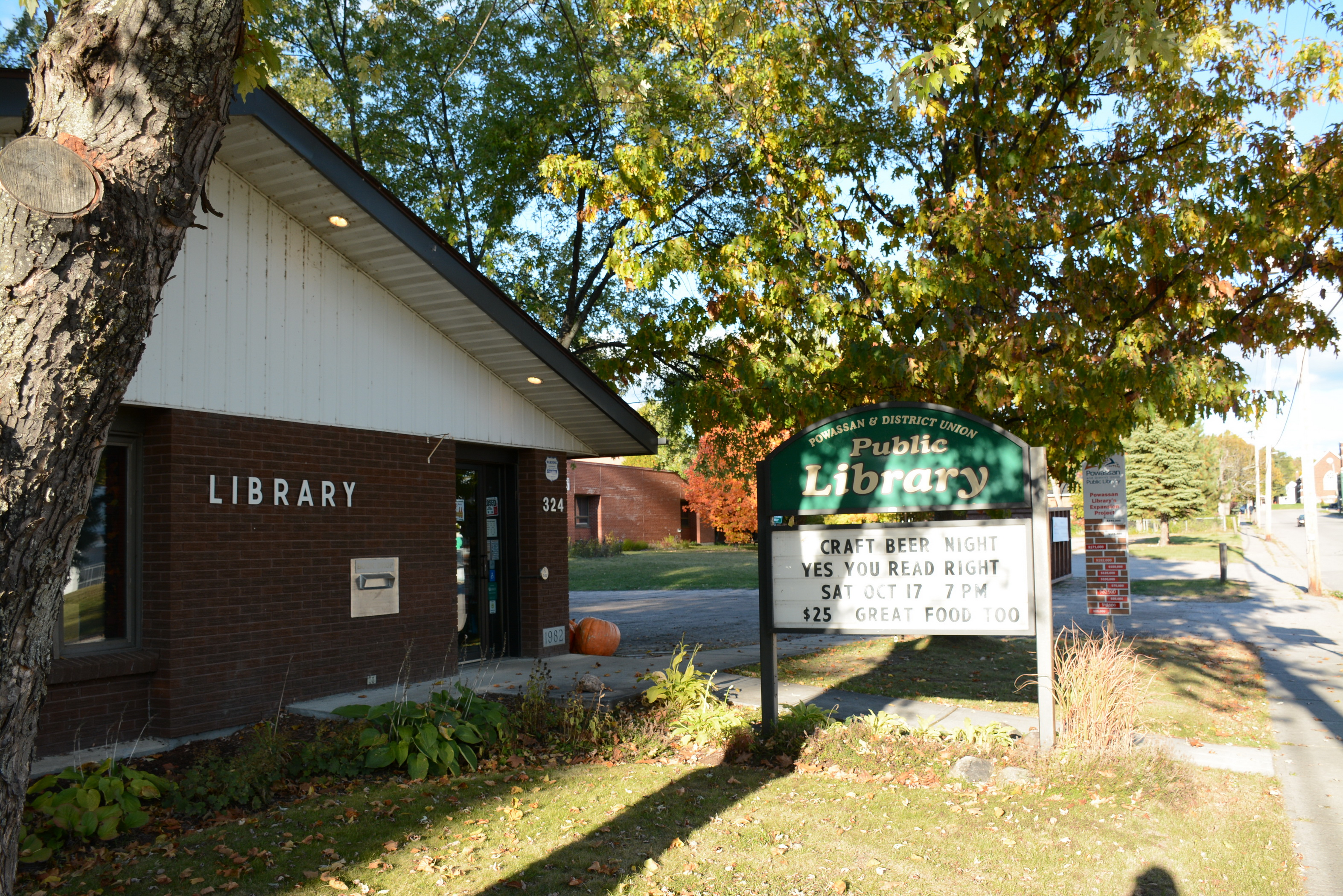 Powassan Library