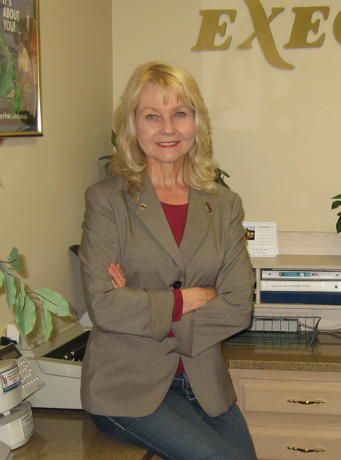 Jana at front desk