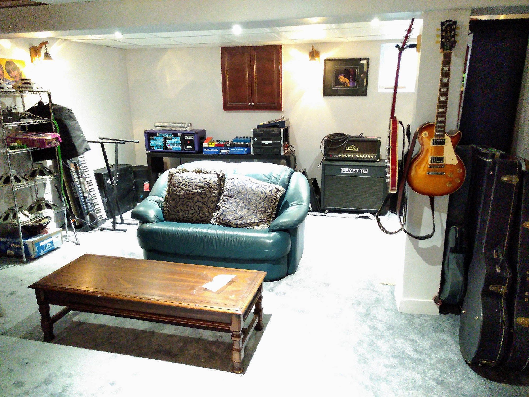 15 Vine Crescent Barrie music room